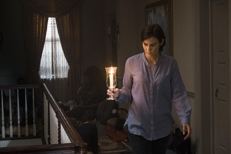 The Walking Dead: Lauren Cohan in una scena dell'episodio Do Not Send Us Astray