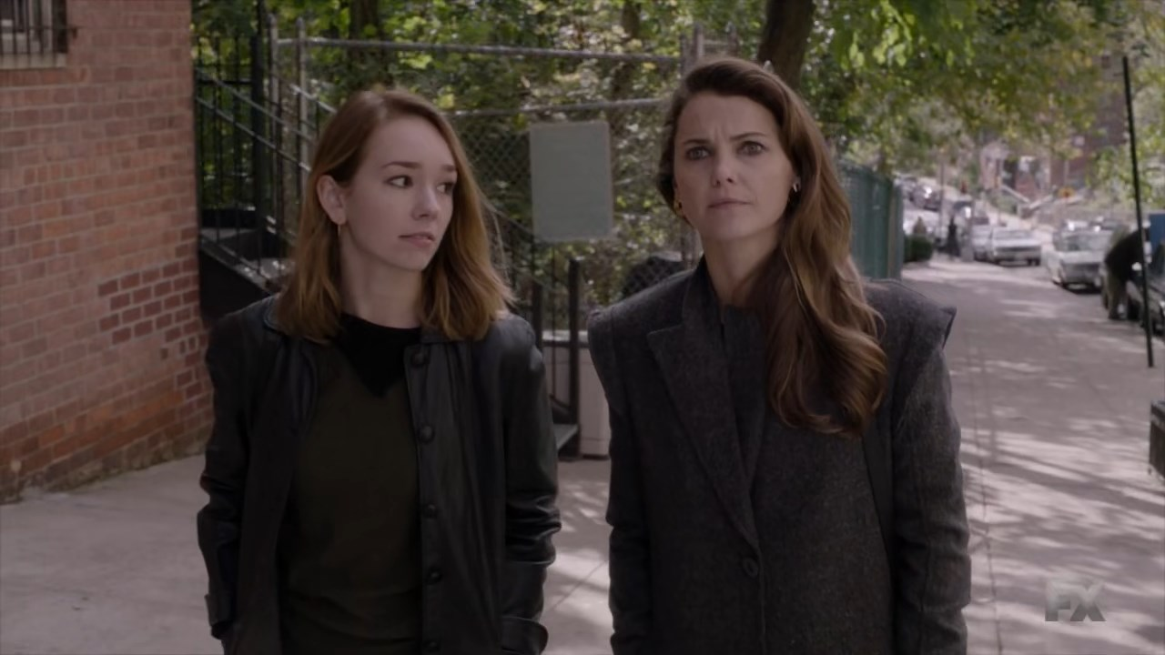 The Americans: Keri Russell e Holly Taylor nell'episodio Tchaikovsky