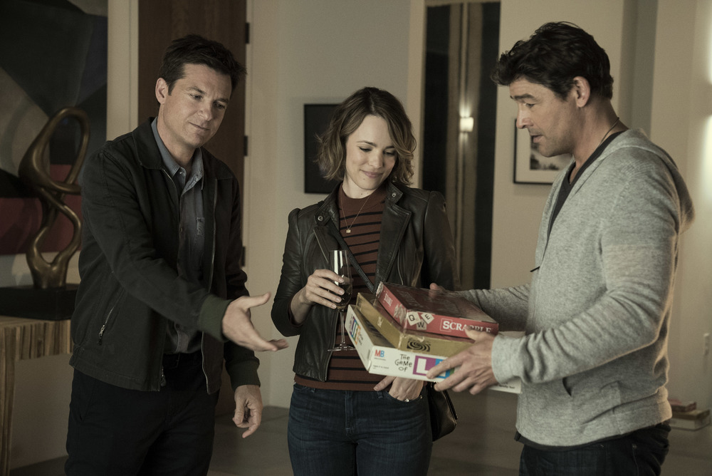 Game Night - Indovina chi muore stasera?: Jason Bateman, Rachel McAdams e Kyle Chandler in una scena del film