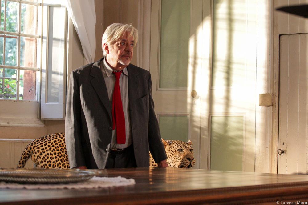 Nobili bugie: Giancarlo Giannini in una scena del film