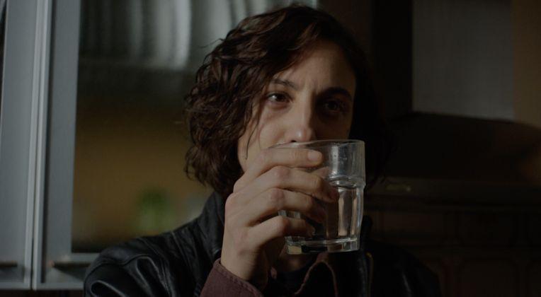 Stato di ebbrezza: Francesca Inaudi in una scena del film