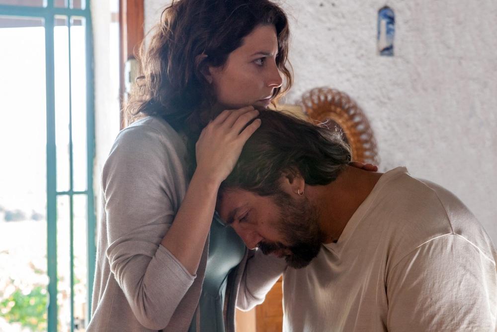 Everybody Knows: Javier Bardem e Barbara Lennie in una scena del film