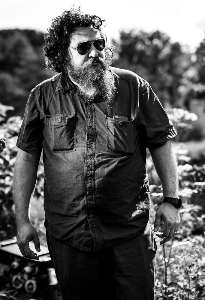 Mandy: il regista Panos Cosmatos sul set