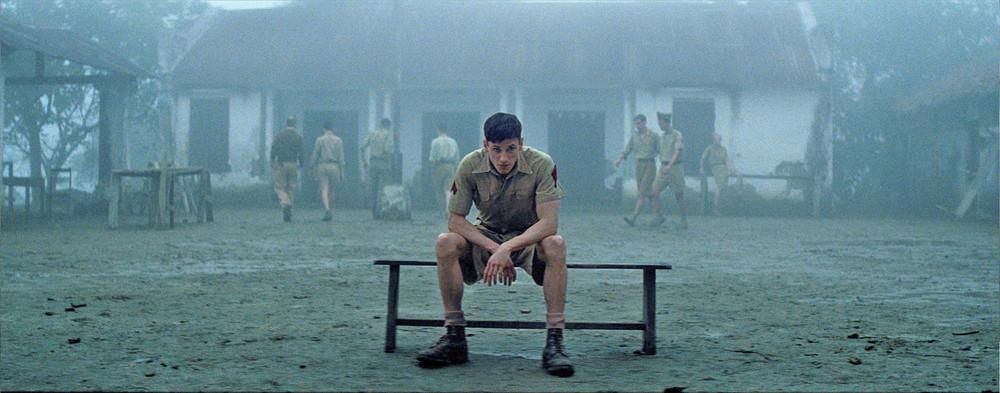To the Ends of the World: Gaspard Ulliel in una scena del film
