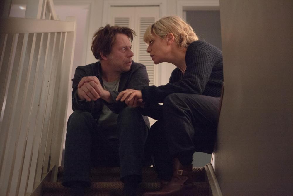 7 Uomini a mollo: Mathieu Amalric e Marina Foïs in una scena del film