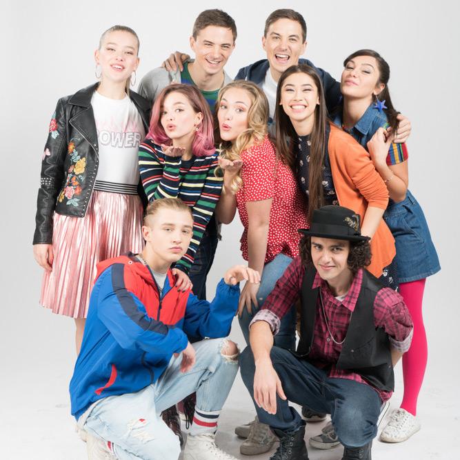 Penny on M.A.R.S.: un'immagine promozionale del cast