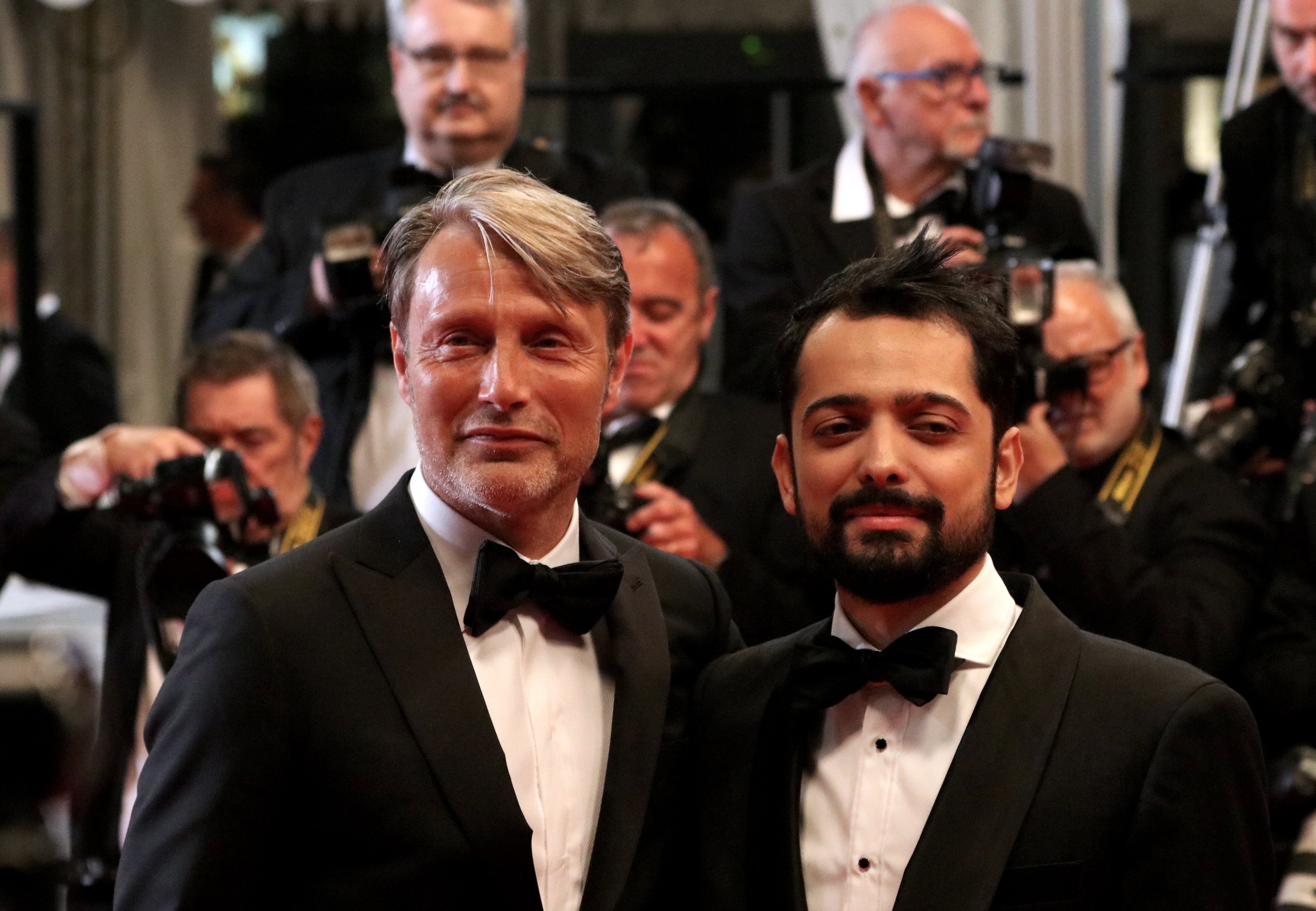 Cannes 2018: Mads Mikkelsen insieme a Joe Penna sul red carpet di Arctic