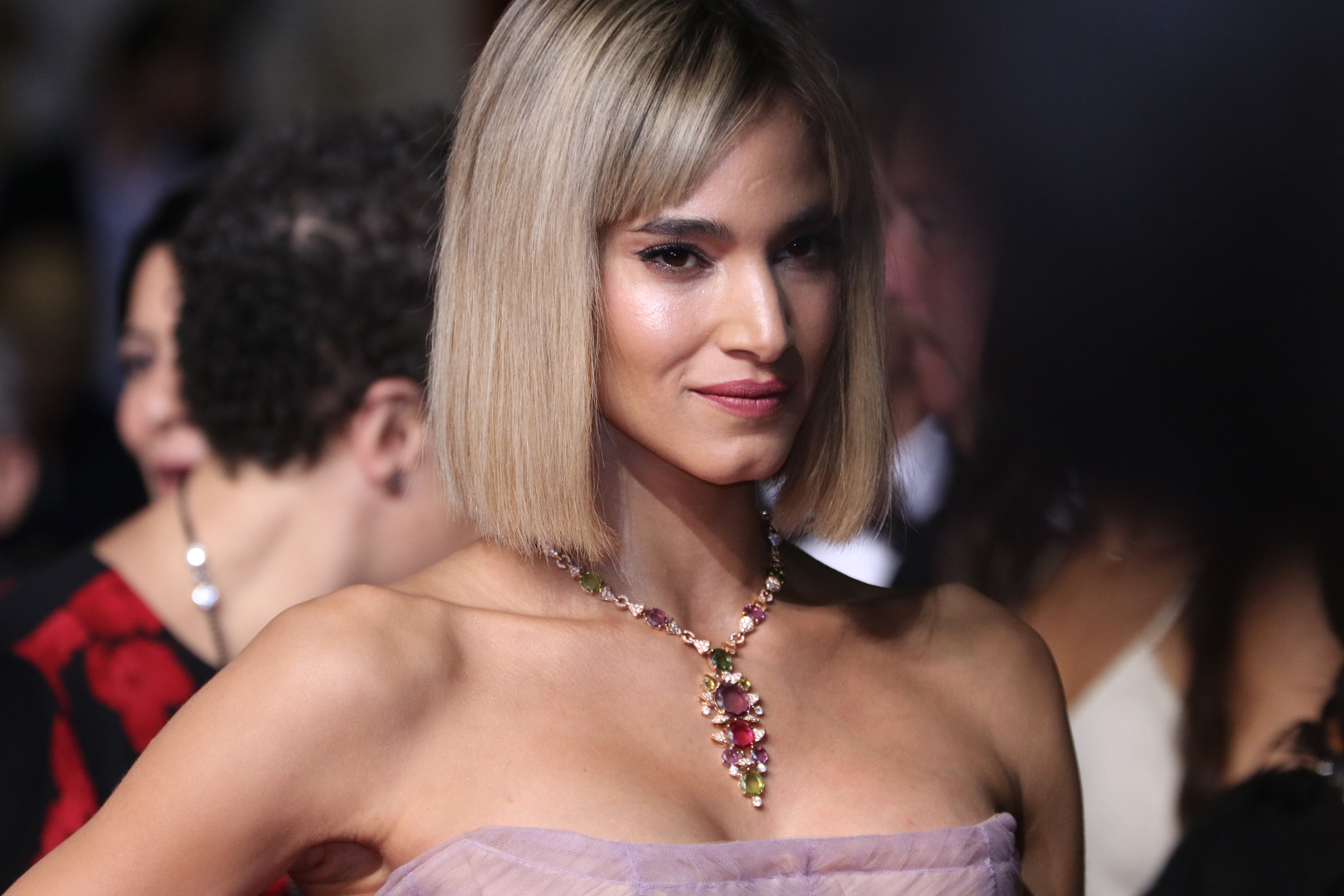 Cannes 2018: la bellissima Sofia Boutella sul red carpet di Fahrenheit 451
