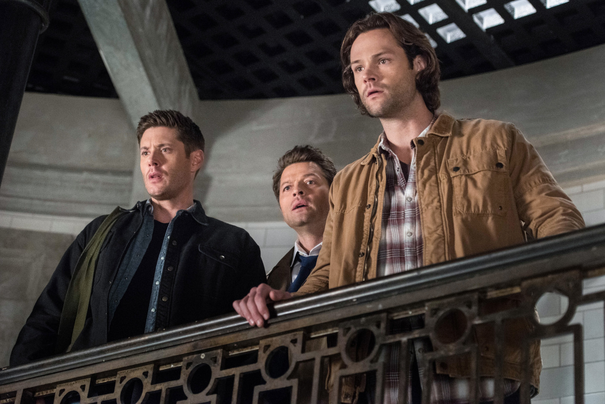 Supernatural: Jensen Ackles, Misha Collins e Jared Padalecki nell'episodio Let the Good Times Roll