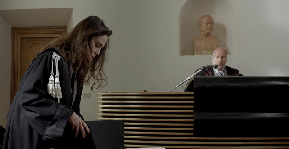 Al massimo ribasso: Antonella Ponziani in una scena del film