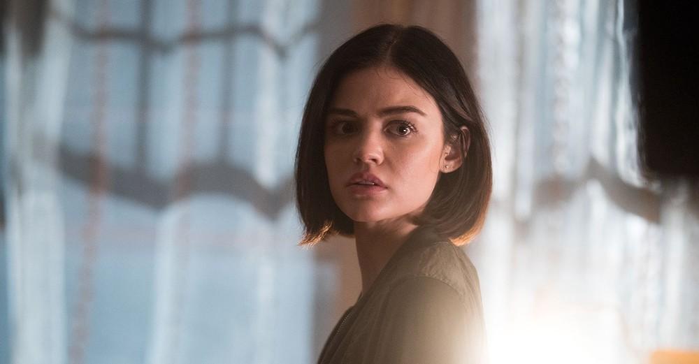 Obbligo o verità: Lucy Hale in una scena del film