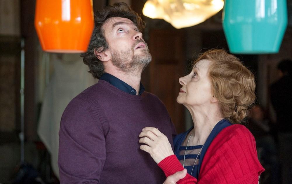 Respiri: Alessio Boni e Milena Vukotic in una scena del film