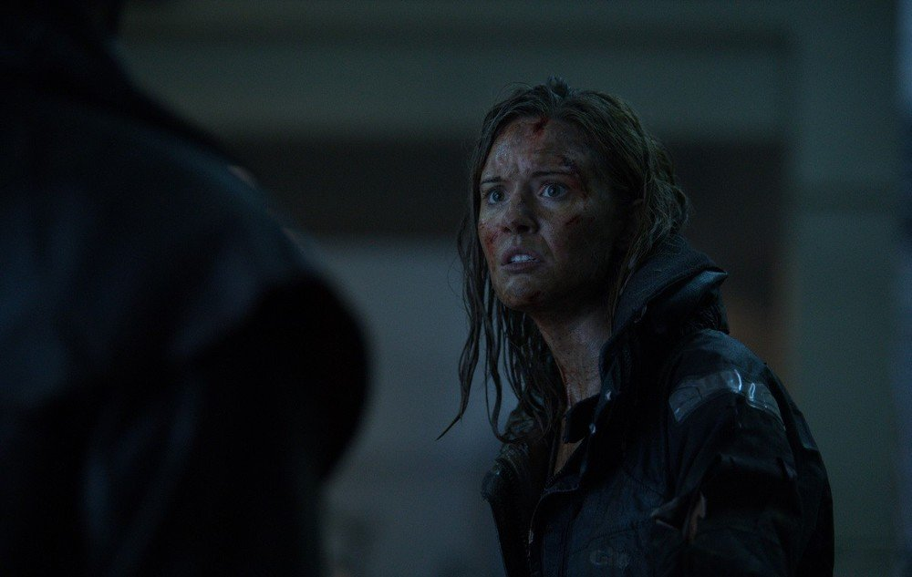 Hurricane - Allerta uragano: Maggie Grace in una scena del film