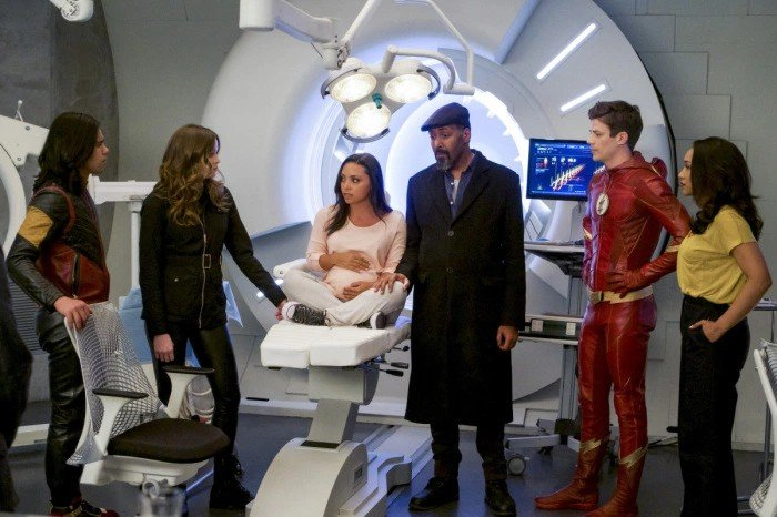 The Flash: una scena dell'episodio We Are the Flash