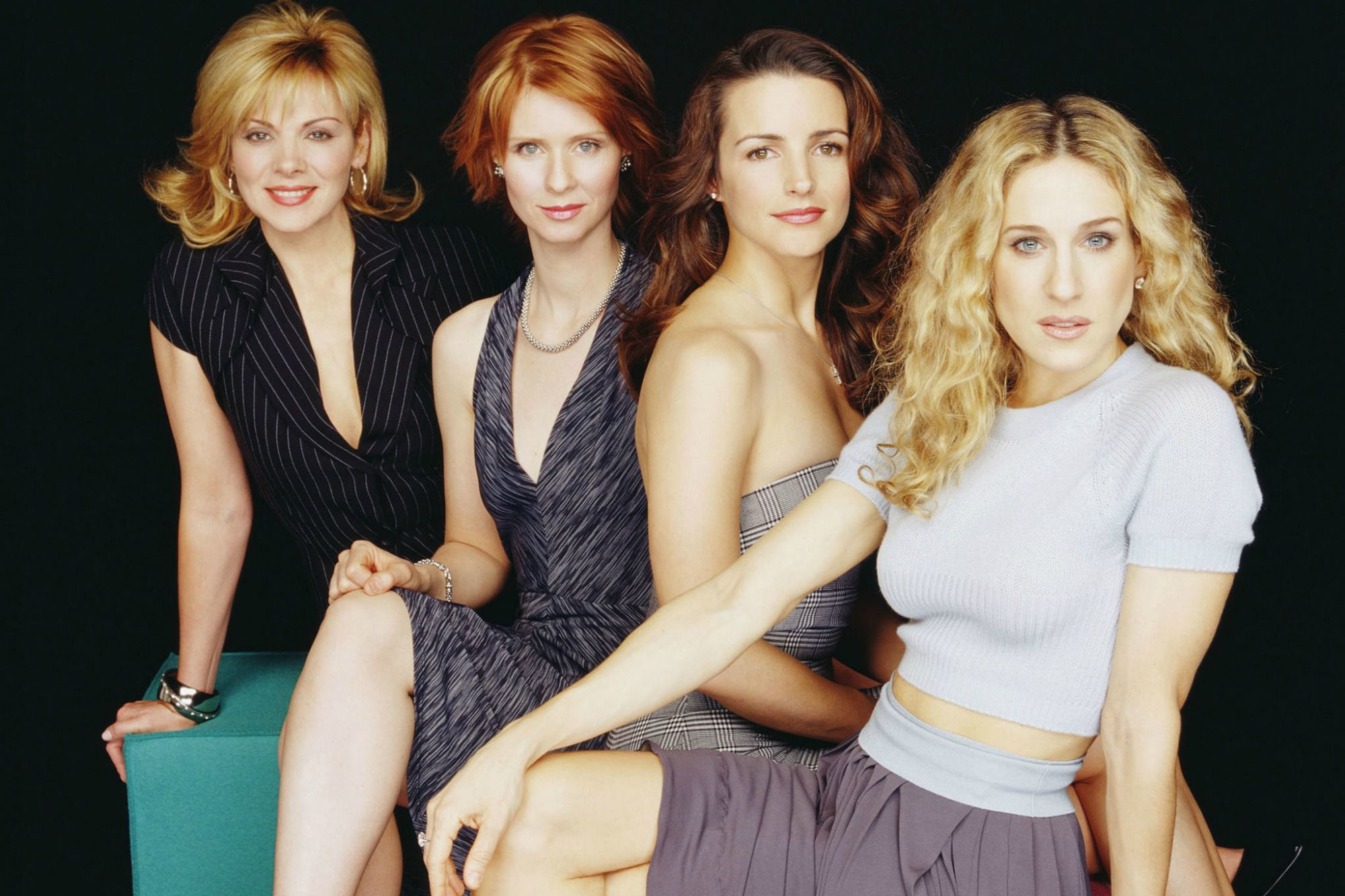 Sex and the City: Sarah Jessica Parker, Kim Cattrall, Kristin Davis e Cynthia Nixon in un'immagine promozionale