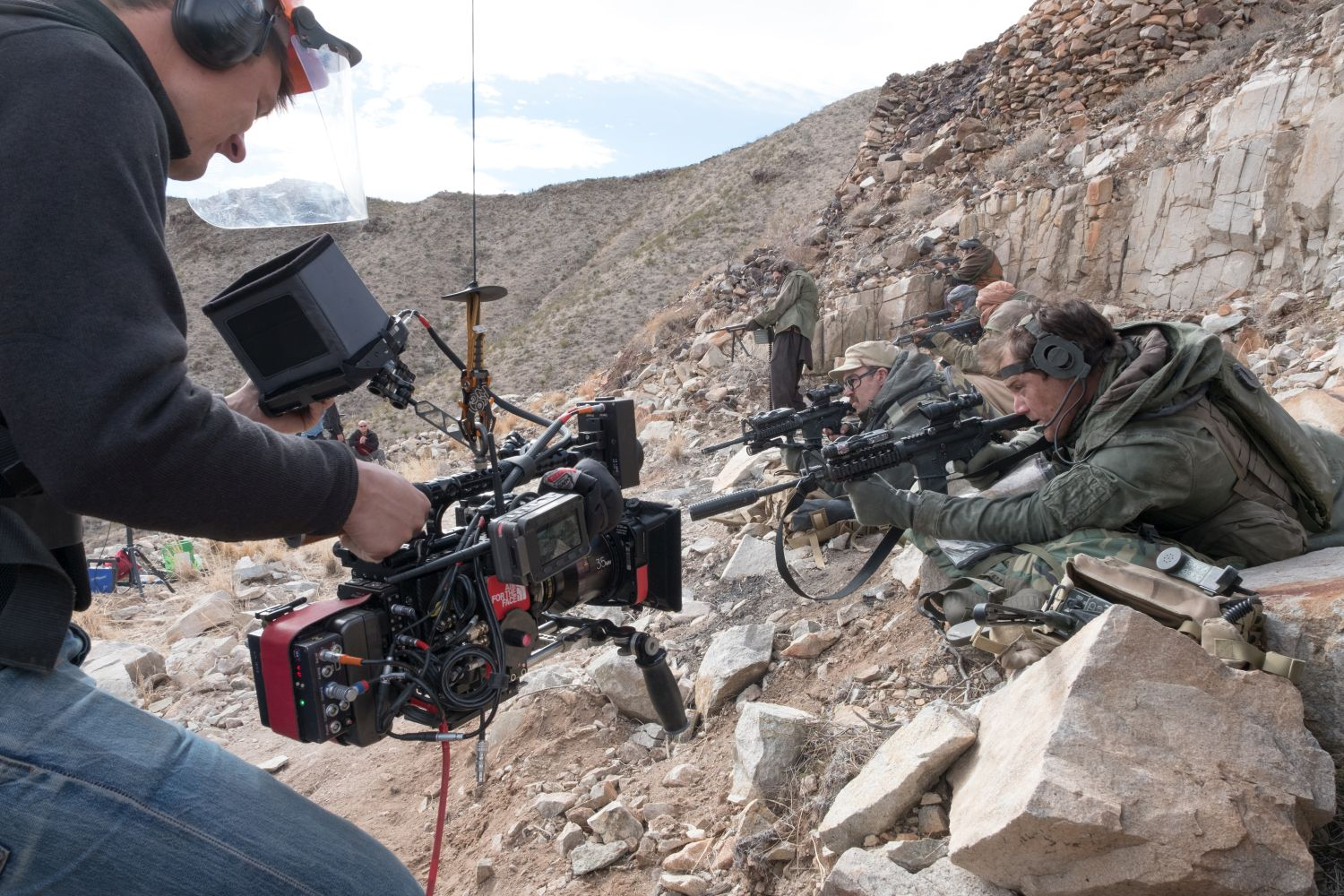 12 Soldiers: Michael Shannon sul set