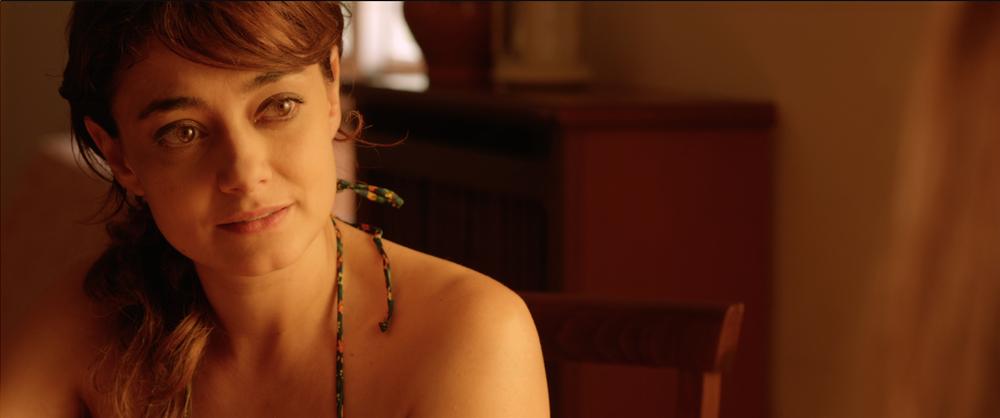Senza distanza: Elena Arvigo in una scena del film