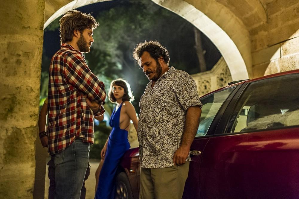 Una vita spericolata: Lorenzo Richelmy, Antonio Gerardi e Matilda De Angelis in una scena del film