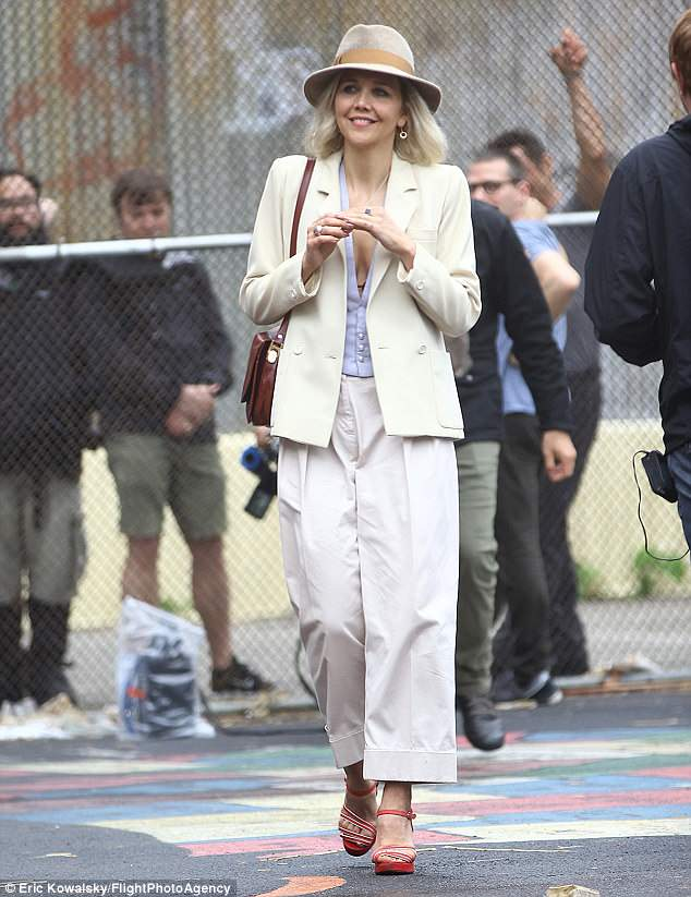 The Deuce: Maggie Gyllenhaal sul set di New York