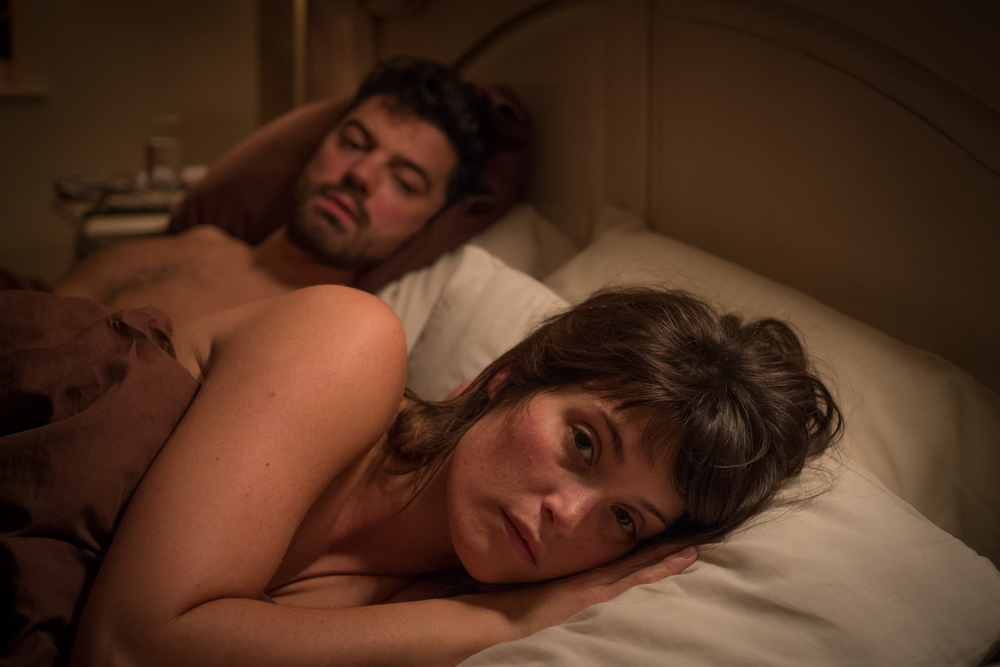 The Escape: Gemma Arterton e Dominic Cooper in un'immagine del film
