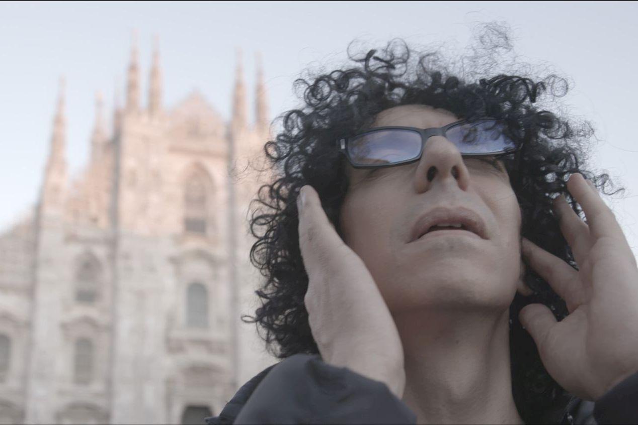 Giovanni Allevi - Equilibrium: The Film Concert, un primo piano di Allevi