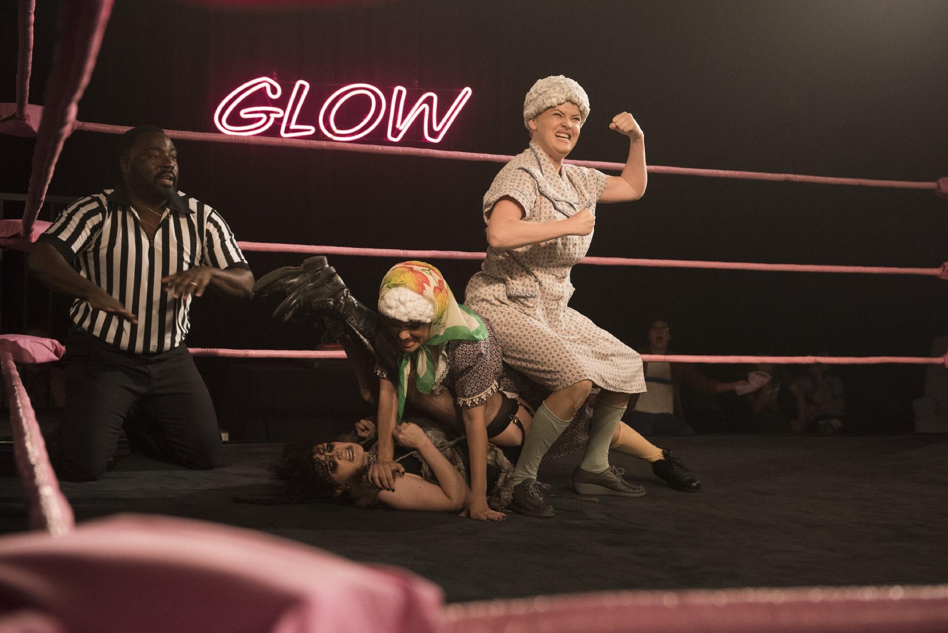GLOW: una lotta mostrata nel secondo episodio inedito