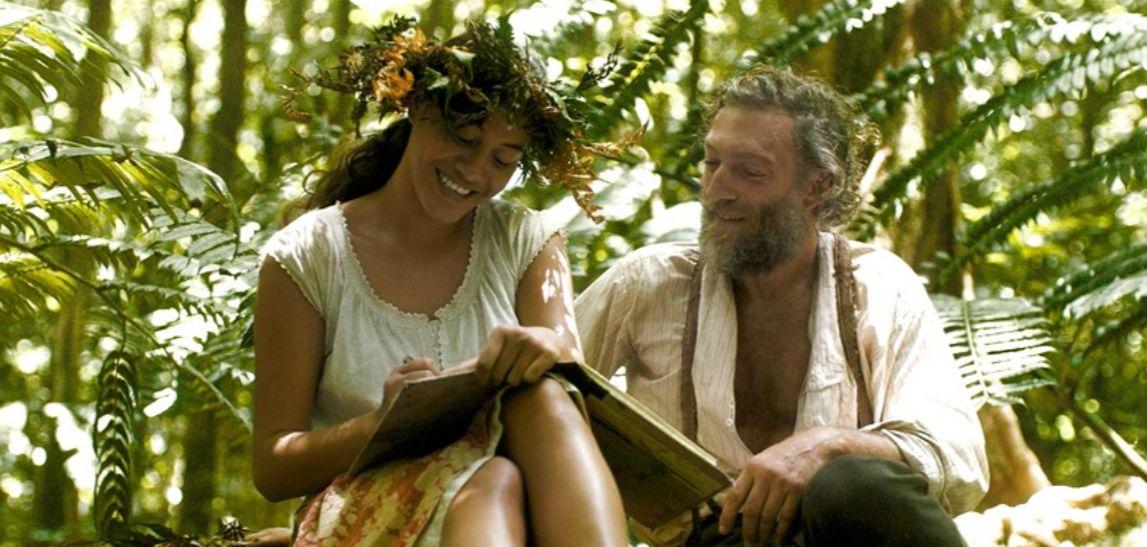Gauguin: Voyage to Tahiti, Vincent Cassel e Tuheï Adams in una scena