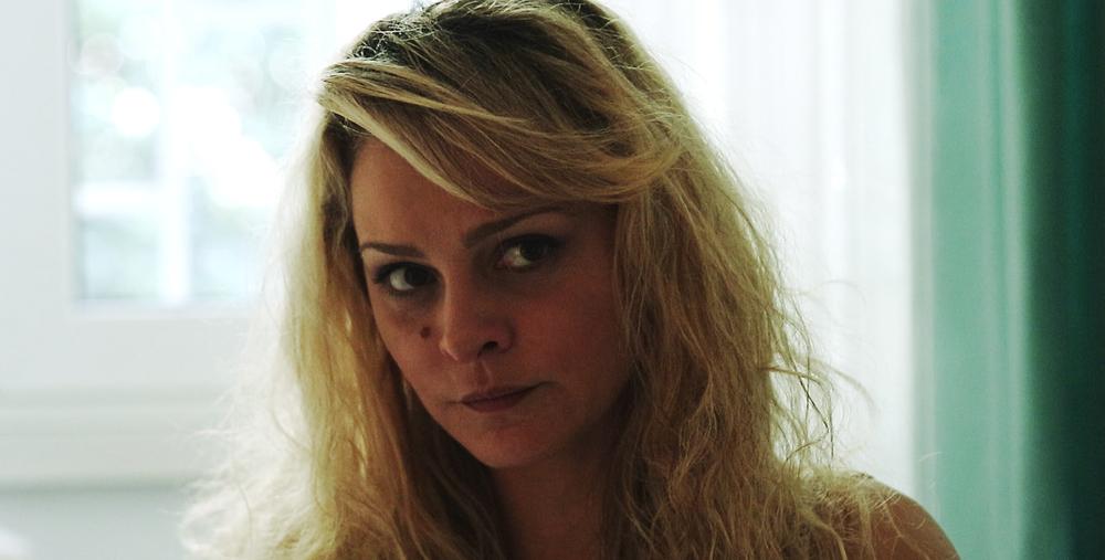 Peggio per me: Tania Angelosanto in una scena del film