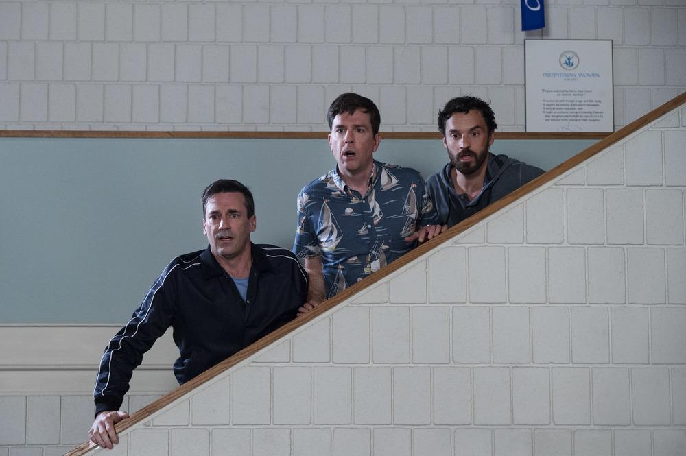 Prendimi!: Jake Johnson, Ed Helms e Jon Hamm in una scena del film