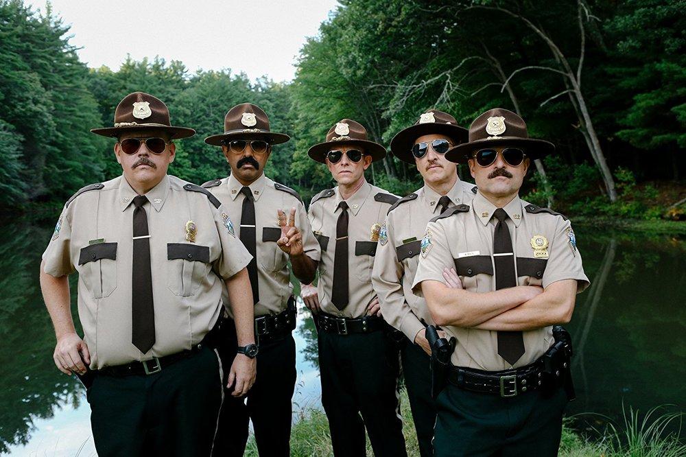Super Troopers 2: Jay Chandrasekhar, Paul Soter, Kevin Heffernan, Erik Stolhanske e Steve Lemme in un'immagine promozionale del film