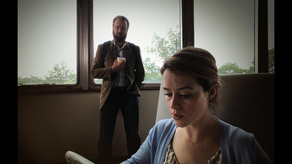 Unsane: Claire Foy e Joshua Leonard in una scena del film