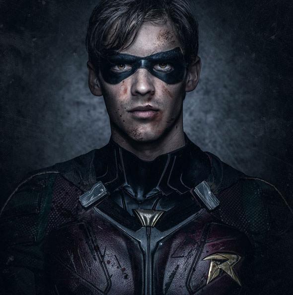 Titans: Brenton Thwaites nei panni di Dick Grayson