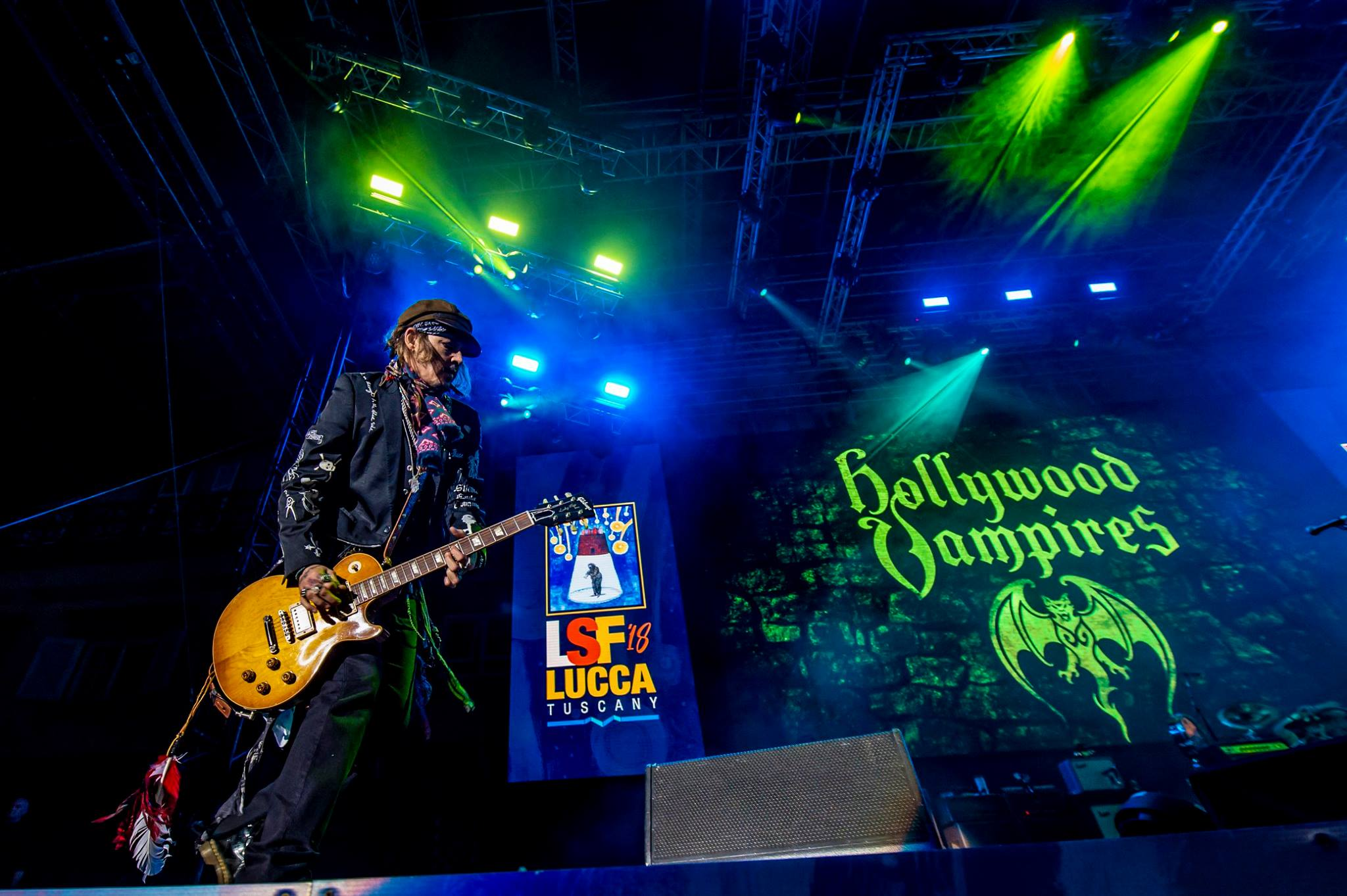 Johnny Depp a Lucca durante il concerto degli Hollywood Vampires