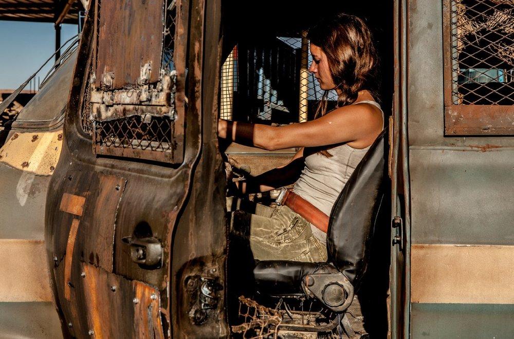 Hostile: Brittany Ashworth in un momento del film