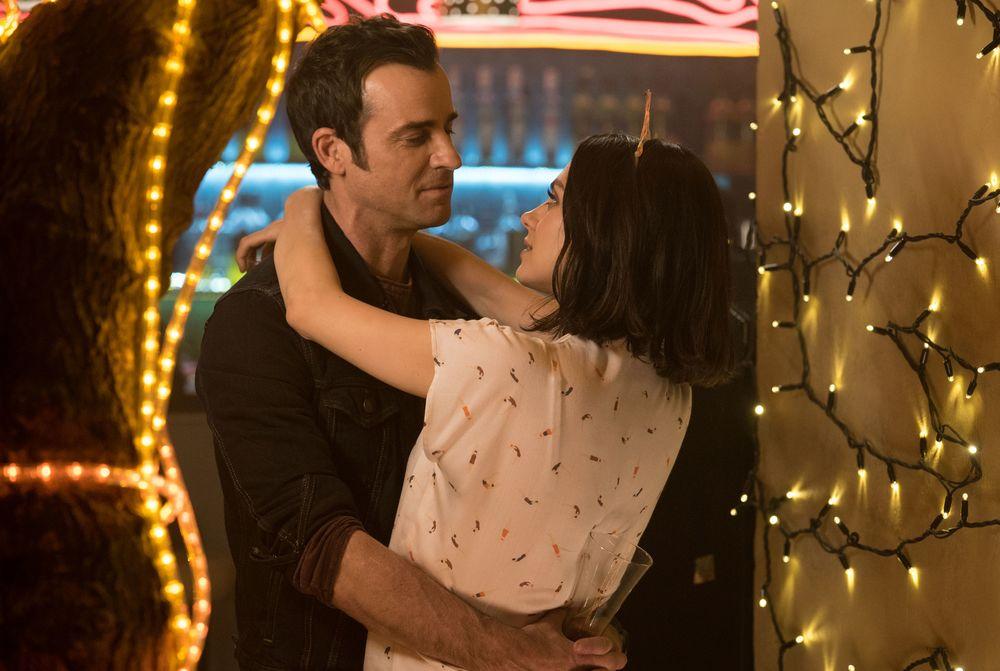 Il tuo ex non muore mai: Mila Kunis e Justin Theroux in una scena del film