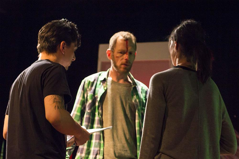 Die in One Day - Improvvisa o muori: Kateryna Korchynska, il regista Eros D'Antona e David White sul set del film