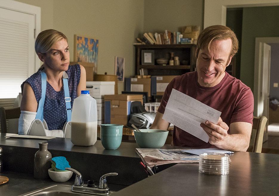 Better Call Saul: Rhea Seehorn e Bob Odenkirk nella quarta stagione