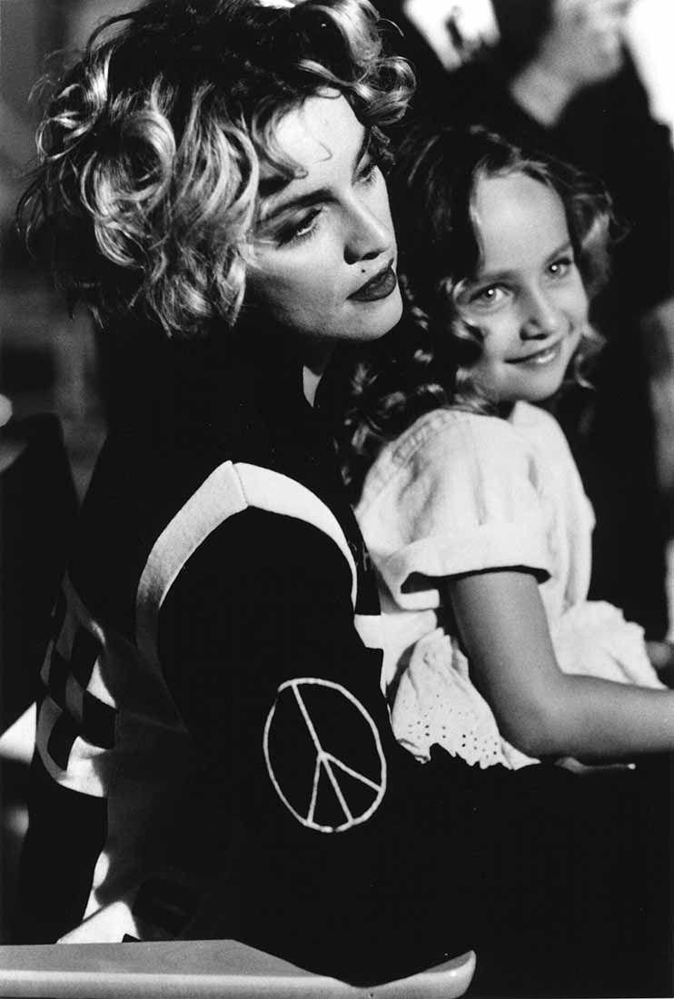 Madonna sul set del video Oh Father con la piccola protagonista