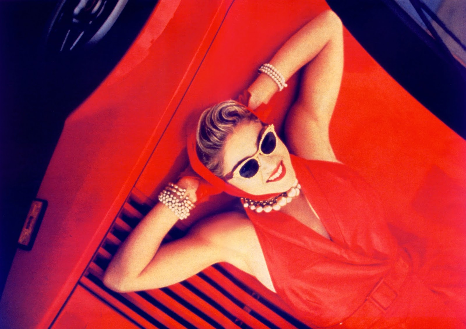 Madonna nel video di Material Girl