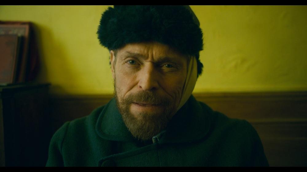 At Eternity's Gate: Willem Dafoe in un momento del film