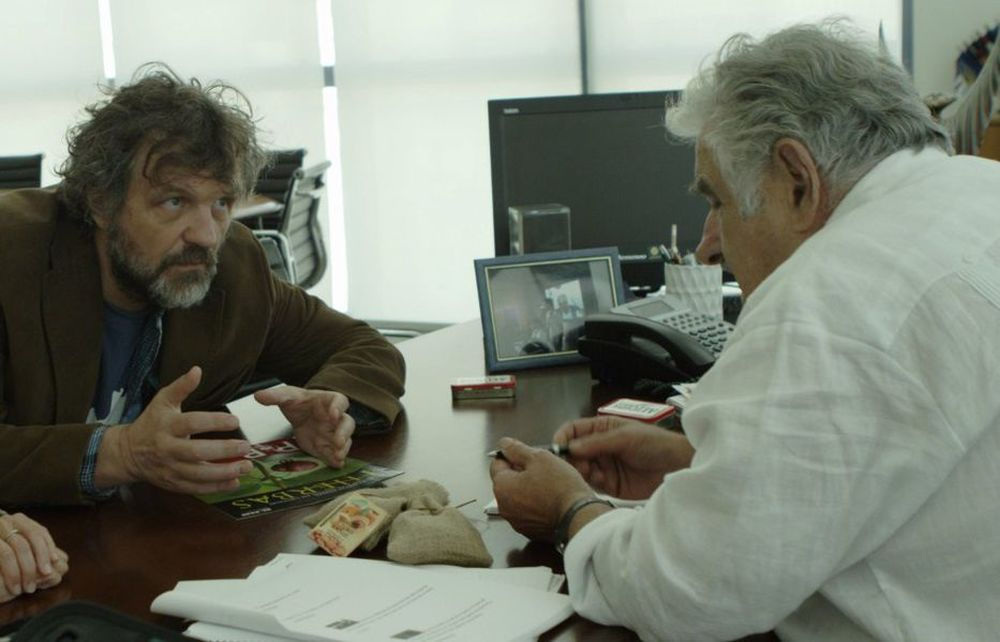 El Pepe, Una vida suprema: Pepe Mujica ed Emir Kusturica in una scena del documentario