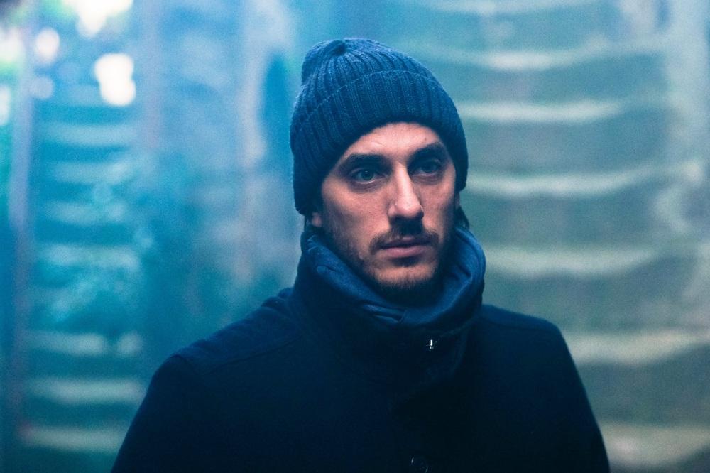 Ricordi?: Luca Marinelli in una scena del film