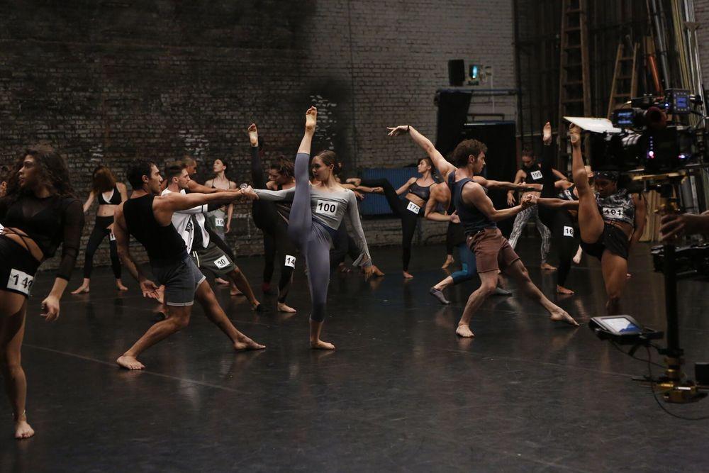 New York Academy - Freedance: una scena del film