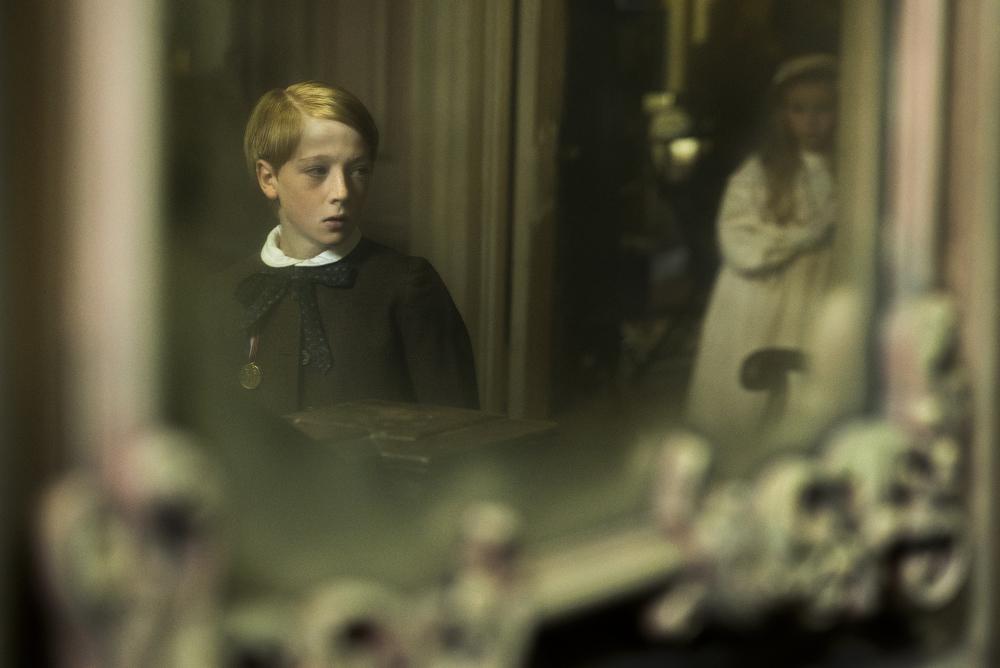 The Little Stranger: una scena del film