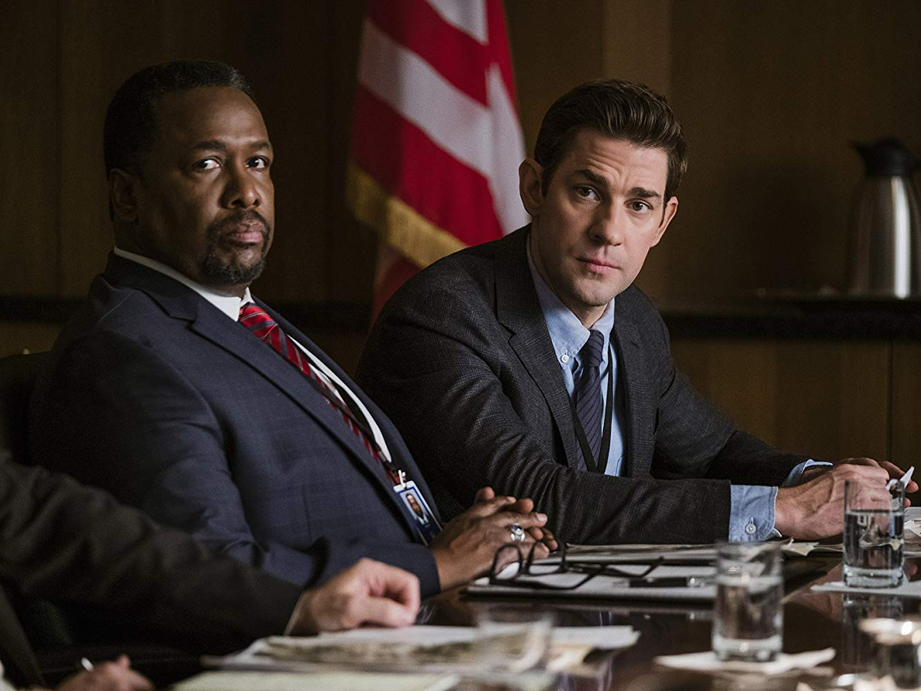 Tom Clancy's Jack Ryan: Wendell Pierce e John Krasinski in una scena