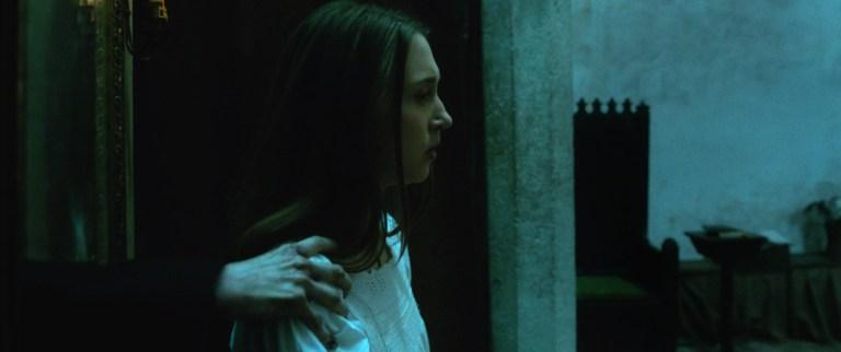 The Nun: Taissa Farmiga in una foto del film