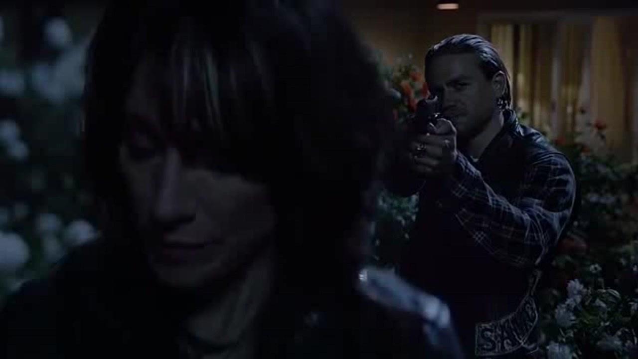 Sons of Anarchy: gli attimi primi della morte di Gemma