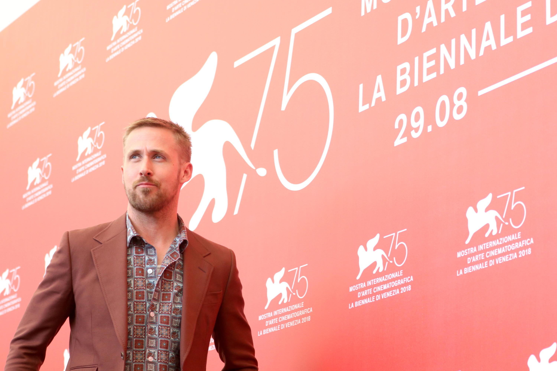 Venezia 2018: una foto di Ryan Gosling al photocall de Il primo uomo