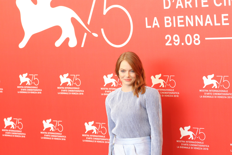 Venezia 2018: l'attrice Emma Stone al photocall de La favorita