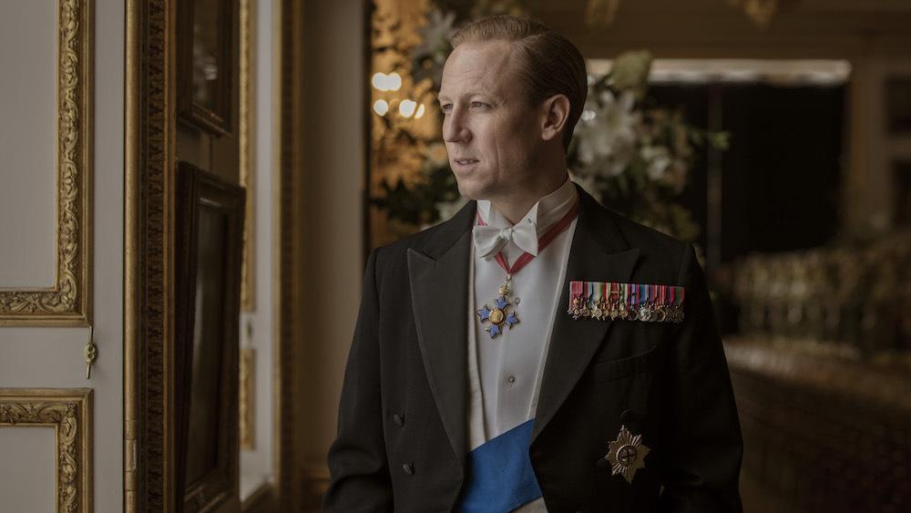 Tobias Menzies nel ruolo del Principe Filippo in The Crown 3
